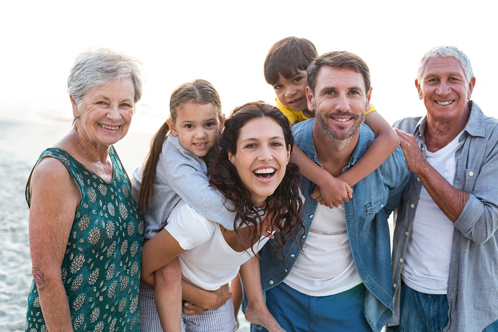 Healthy Teeth for Life: 10 Tips for Families
